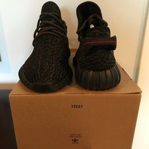 """Yeezy Boost 350 """"Pirate Black"""" Size 9"""